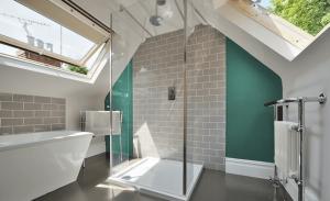 En suite loft conversion – Chislehurst